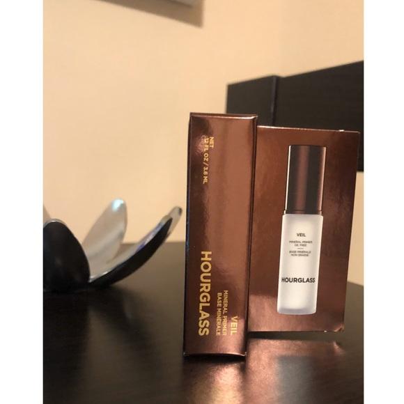 Hourglass Veil Mineral MINI Primer